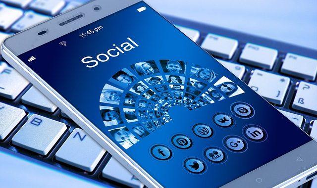 Facebook Ad: Mit Interessenten direkt in Kontakt treten und neue Leads und Kunden generieren #181